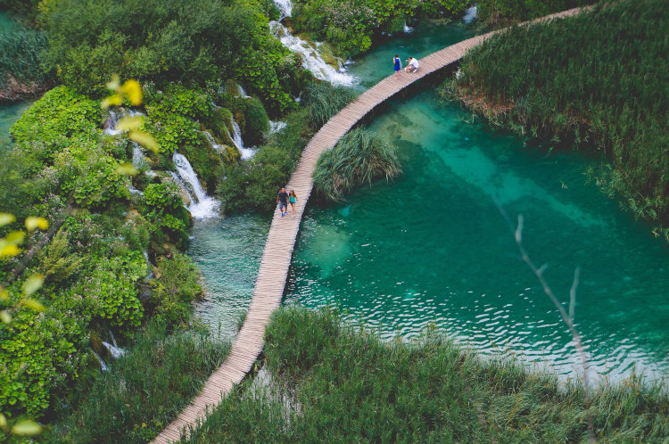 Widok na park jezior w Chorwacji